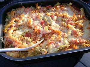 Pastagratäng kassler ostsås