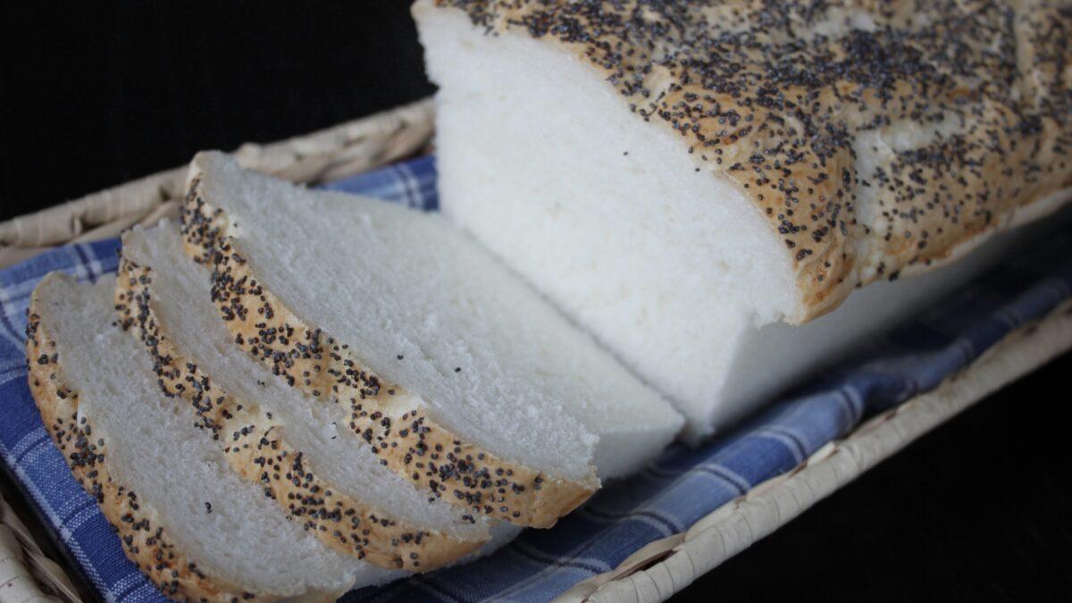 glutenfri vallmofranska rostbröd i form