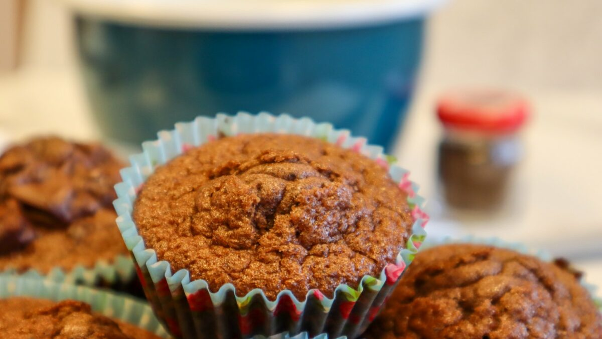 glutenfria krämfyllda chokladmuffins